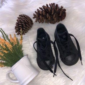 Converse shoes walker